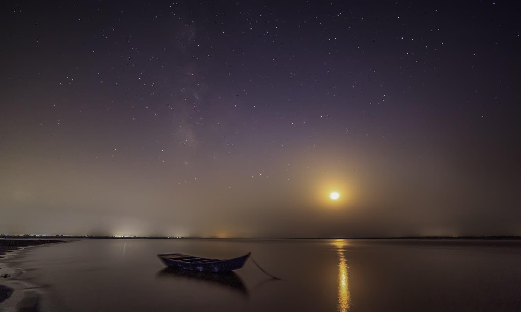 Boat Safari in Indus River