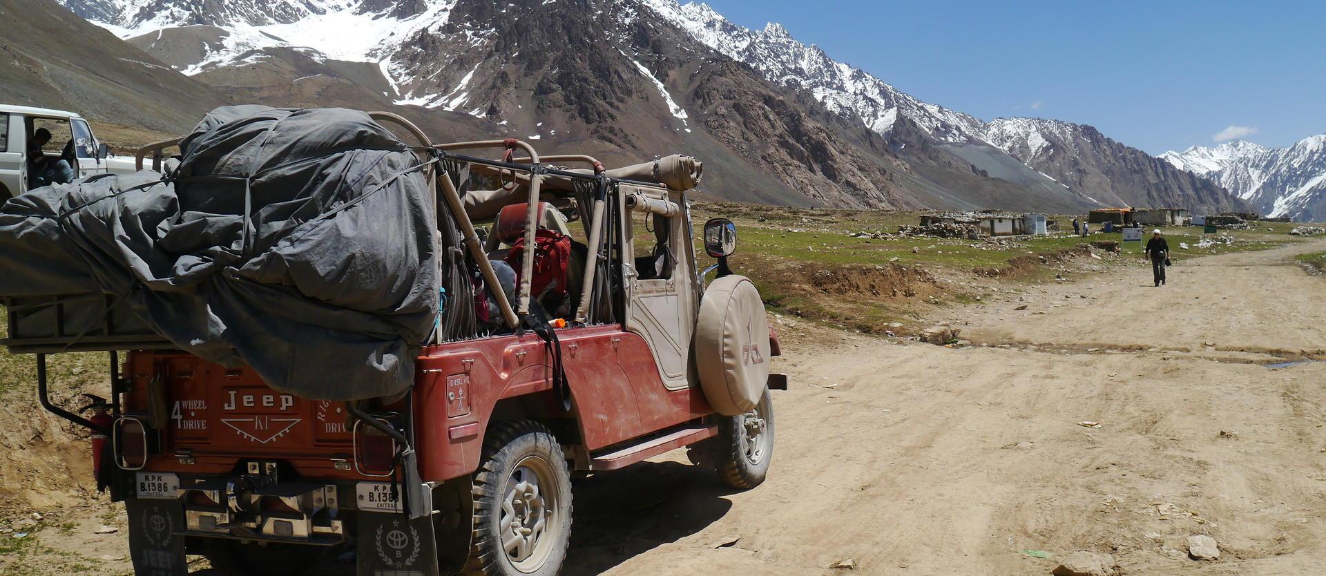 Karakorum Jeep Safari